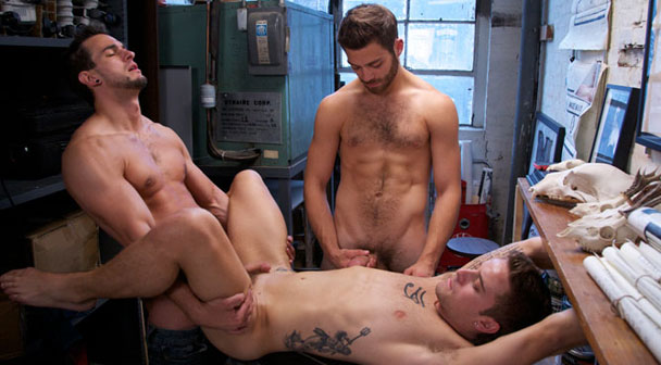 Mason Star, Tommy Defendi, Phenix Saint gay jocks/frat boys video from Cocky Boys